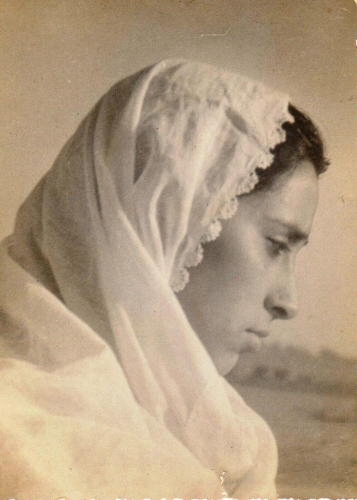 धर्मपत्नी श्रीमती लज्जावती - 1951